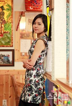 Han Ga In28