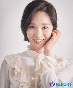 Han Soo Yun18