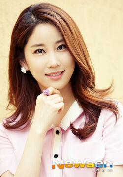 Yoo Ri Ah13
