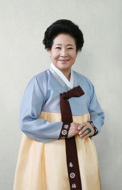 Jung-Hye-Sun
