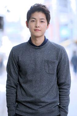 Song Joong Ki18
