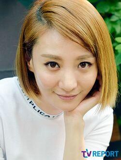 Jo Eun Ji27