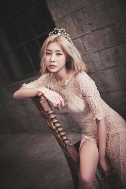 Son Sung Ah 07