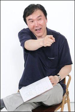 Lee Duk Gun000