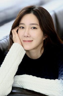 Lee Ji Ah32