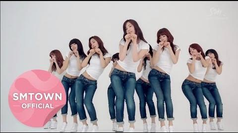 Girls' Generation - Dancing Queen.