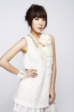Bernice Tsai1