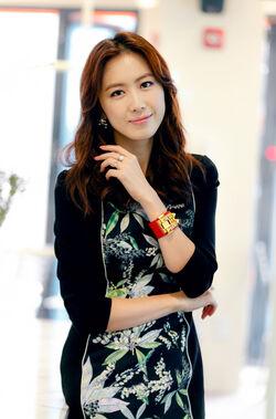 Hong Eun Hee6