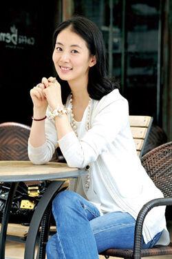Kim Chae Yun1