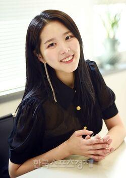 Kim Ji Sung (1996)25