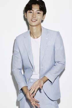 Han Jung Hun1
