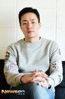 Lee Byung Hoon-1980-3