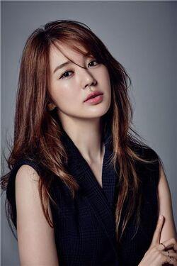 Yoon Eun-Hye 66
