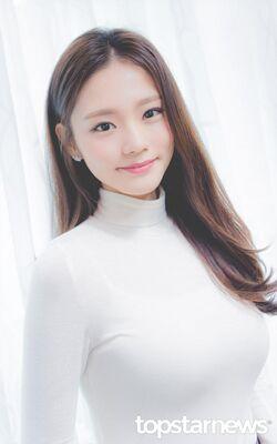 Kim Hye Ji (1992)22