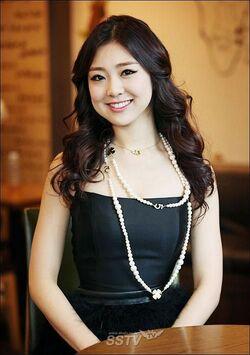 Kwon Ri Sae
