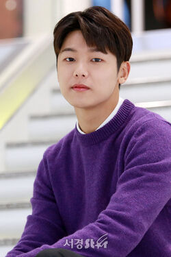 Kang Min Hyuk-1