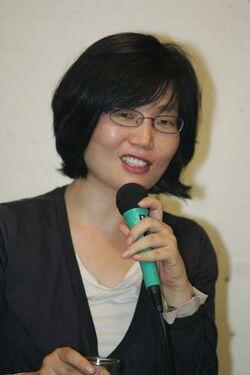 Lee Hyang Hee1