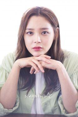 Park Si Yeon36