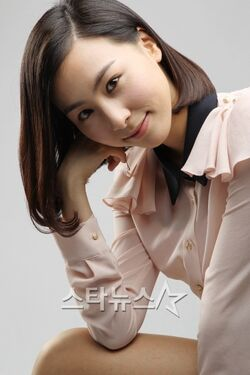 Kim Ha Eun02