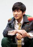 Yoon Seon Woo9