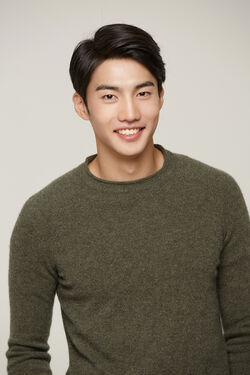 Jin Hyuk-1987-3