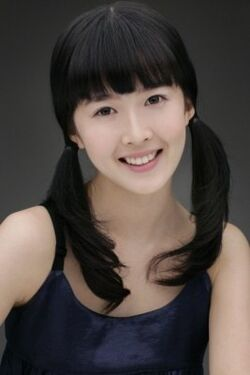 Kang Cho Hee 02