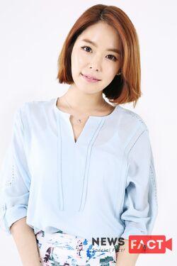 Hong Ah Reum30