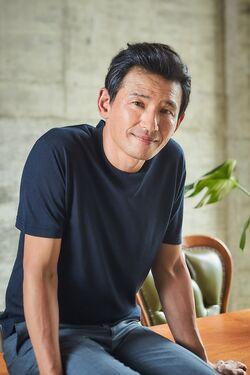 Hwang Jung Min27