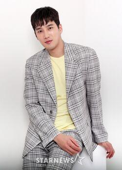 Ahn Bo Hyun43