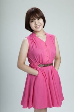 Kim Min Young-0