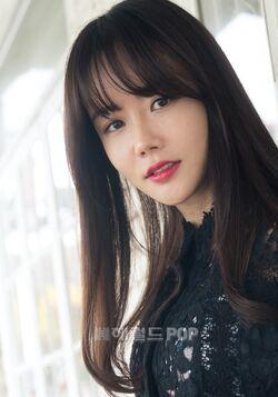 Hwang Woo Seul Hye21
