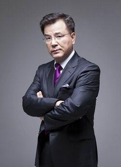 Kang Suk Woo