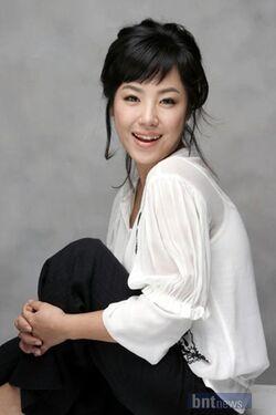 Kim Min Hee (1972)