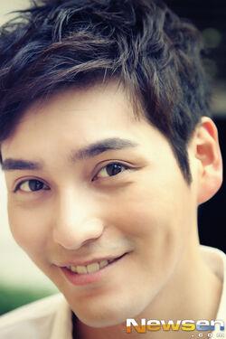 Choi Sung Joon25