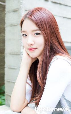 Yoon Seo13