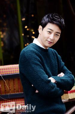 Hyun Woo41