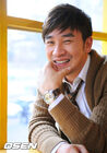 Uhm Tae Woong32