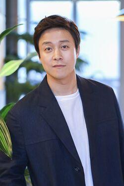 Choi Dae Chul16