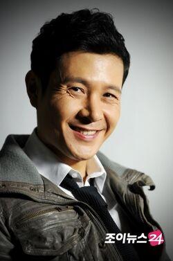Lee Min Woo (1976)2