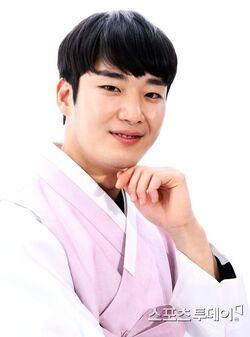 Choi Won Myung7
