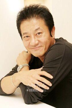 Park Joon Gyu1