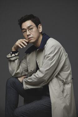 Kim Tae Woo23