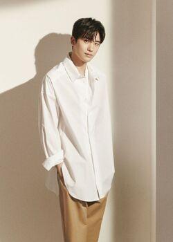 Park-Hyung-Sik-5