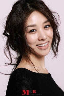 Jang Shin Young21