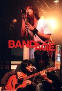 BANDAGE 04