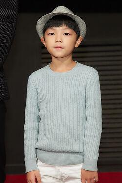 Hong Eun Taek09