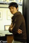 Lee Sung Jae10