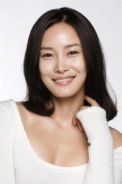 Lee Uhn Jung14
