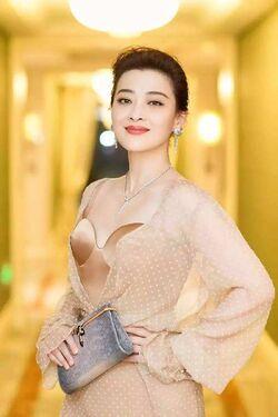 Mei Ting16