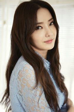 Han Chae Young14
